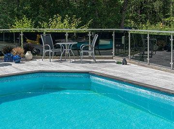 Inglasad pool